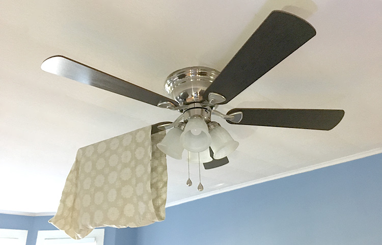 clean a ceiling fan with pillow case