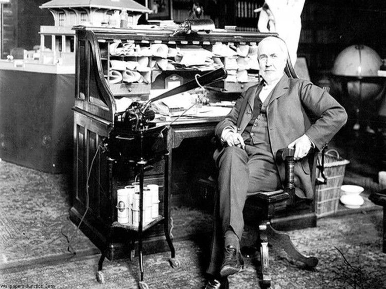 Thomas Edison messy office